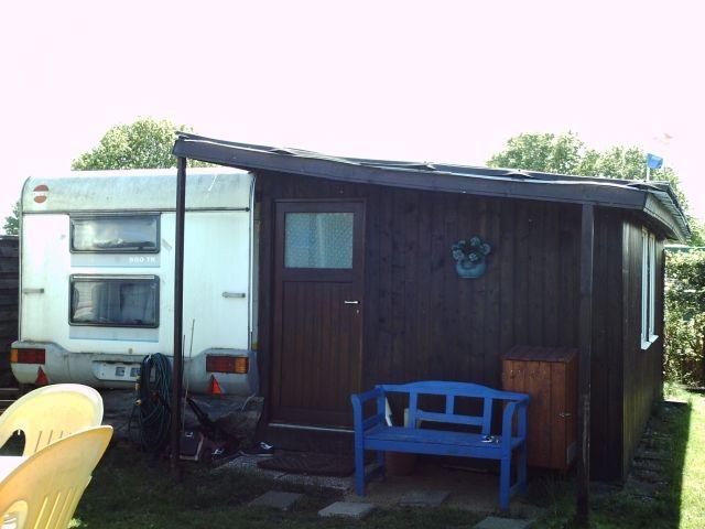wohnwagen mit anbau in roermond nl zu verkaufen camping. Black Bedroom Furniture Sets. Home Design Ideas