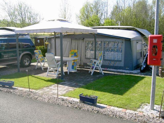 Bürstner Wohnwagen Mit Etagenbett Und Festbett : Teppichboden camping kleinanzeigen