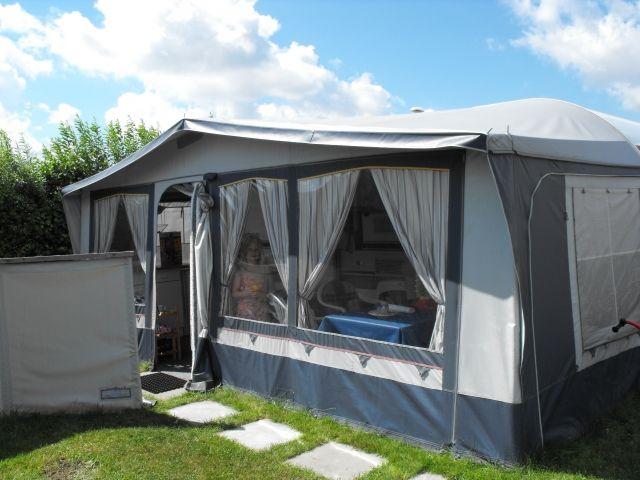 wohnwagen mit vorzelt und allem drum und dran an der nordsee zu verkaufen camping. Black Bedroom Furniture Sets. Home Design Ideas