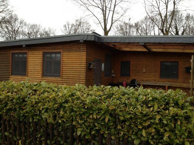 mobilheim zu kaufen gesucht holland mobilheim in nl. Black Bedroom Furniture Sets. Home Design Ideas