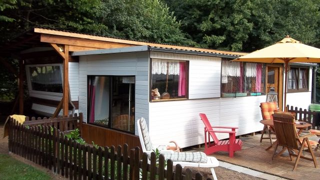 mobilheim mit anbau in der eifel zu verkaufen camping. Black Bedroom Furniture Sets. Home Design Ideas