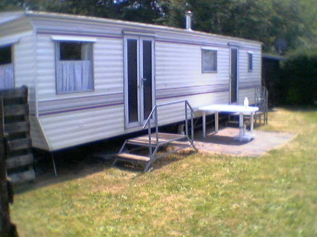 mobilheim mit jahresplatz kaufen mobilheim campingplatz. Black Bedroom Furniture Sets. Home Design Ideas