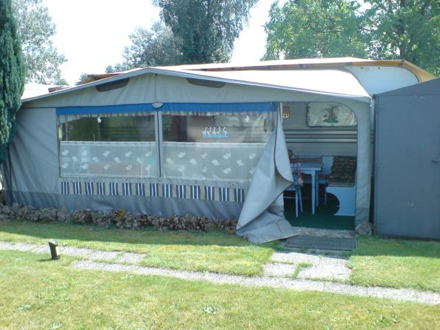 wohnwagen kauf kleinanzeigen wohnwagen kauf annoncen. Black Bedroom Furniture Sets. Home Design Ideas